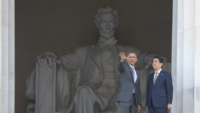President Obama and Japan Prime Minister Shinzo Abe at the Lincoln Memorial.