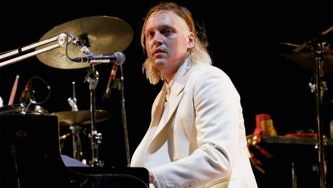 Arcade Fire frontman Win Butler went off on Donald Trump and paid tribute to David Bowie during his band's headlining set.