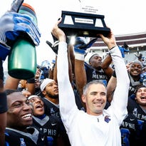 Memphis coach Mike Norvell to AD on new contract: 'Let's get this thing done now'