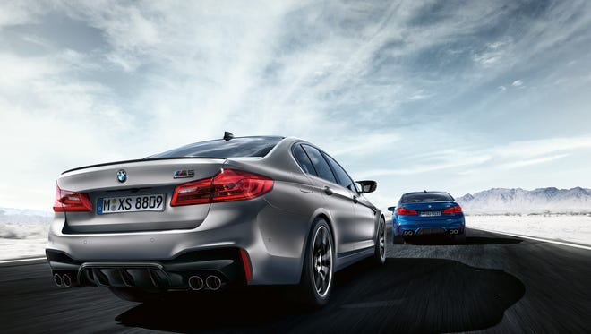 The rear of the M5 will feature four exhaust pipes
