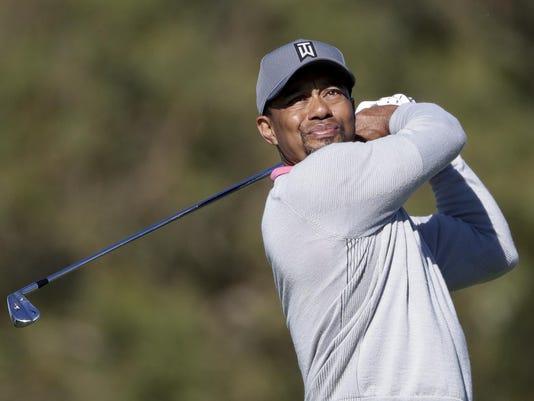 Woods Returns Golf