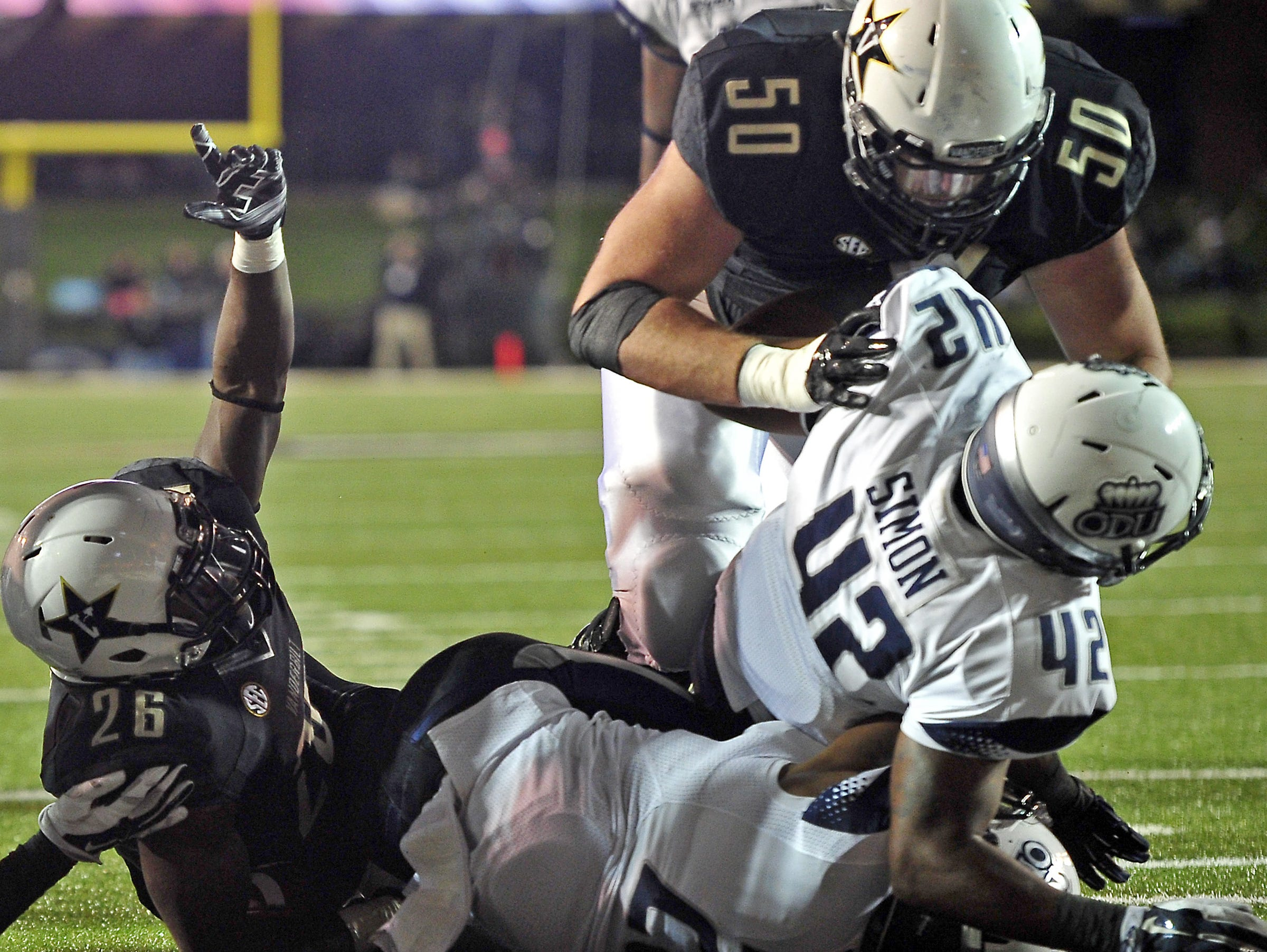 Vanderbilt left tackle Andrew Jelks (50).