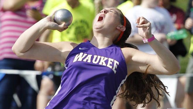 Waukee's Erin Bramble competes in the Girls 4A shot put during the Iowa High School State Track and Field Championships at Drake Stadium Friday May 17, 2013 in Des Moines. (David Purdy/The Register)