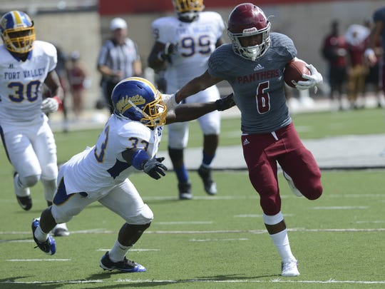 Florida Tech's Antwuan Haynes fends off Fort Valley