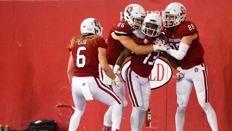 brand new 44e44 98322 Career day for Shamar Jackson is timely for South Dakota Coyotes