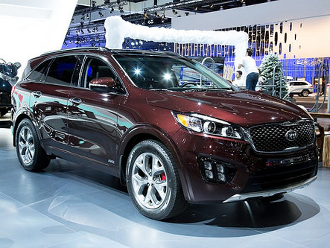 the redone 2016 kia sorento suv. Black Bedroom Furniture Sets. Home Design Ideas