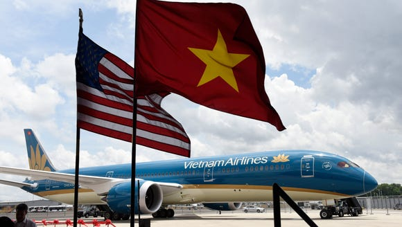 Boeing celebrated its first Vietnam Airlines 787 Dreamliner