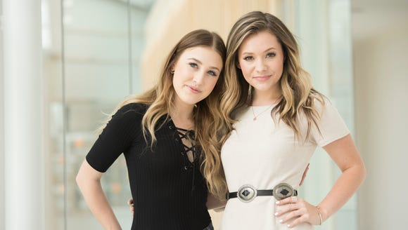 Maddie and Tae at the USA TODAY offices.