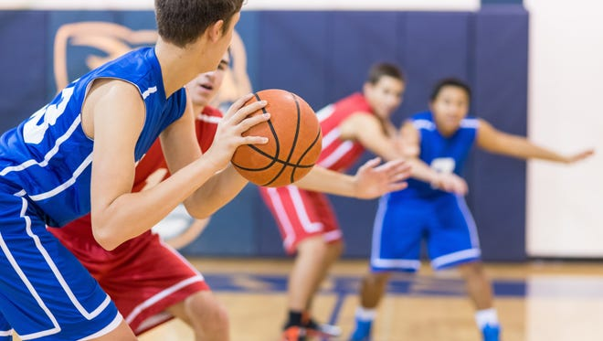 Cross-training and playing multiple sports can prevent early sports injuries.