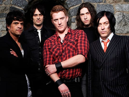 10/30: Queens of the Stone Age