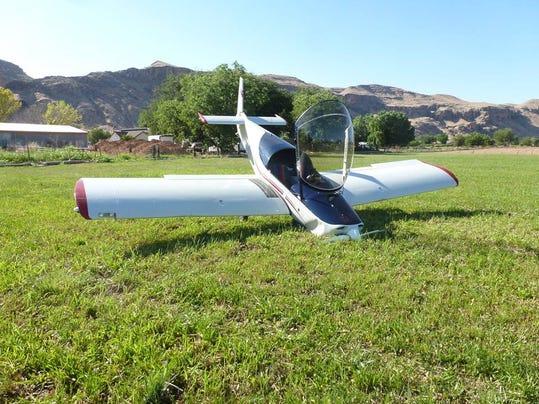 plane landing 1.jpg
