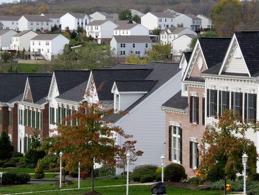 AP HOUSING STARTS F USA PA