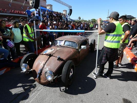 636594337707600466-MAIN-Car-Show.jpg