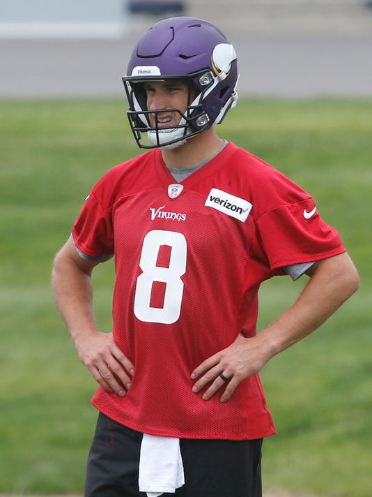 cheap for discount bf42e d097b Vikings' Kirk Cousins enjoying Minnesota love, knows he must ...