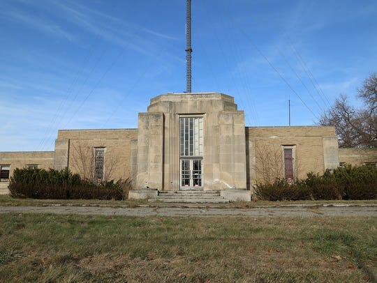 The former WWJ radio transmitter building on 8 Mile in Oak Park will be rehabbed and turned into a comfort food restaurant by Union Joints.