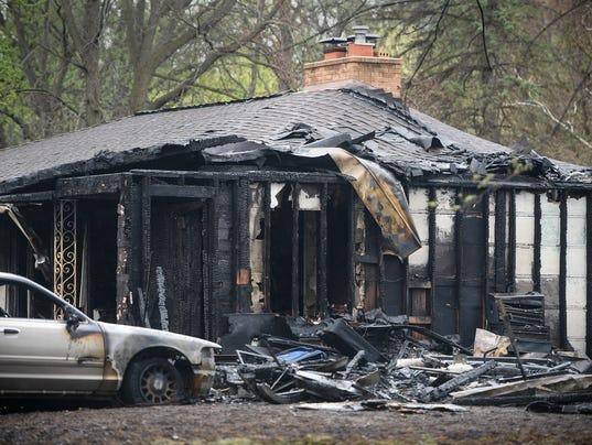 636613879858131297-Burnt-house.jpg