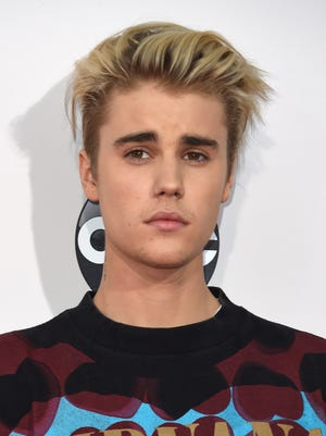 Recording artist Justin Beiber attends the 2015 American Music Awards at the Microsoft Theater at L.A. Live in Los Angeles, California, November 22, 2015.