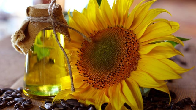 Using sunflowerseed oil in your cooking can help reduce your intake of saturated fats.