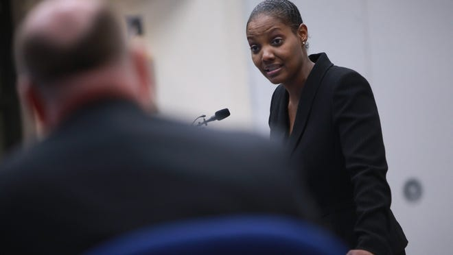 Shanari Williams, mother of Phoenix, speaks out Thursday at the Bloomfield Hills school board meeting.
