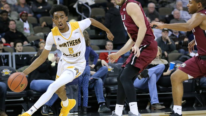 Northern Kentucky Norse forward Jalen Tate (5) turns the corner to the basket in the second half during the college basketball game between the IUPUI Jaguars and the Northern Kentucky Norse, Thursday, Dec. 28, 2017, at BB&T Arena in Highland Heights, Ky.