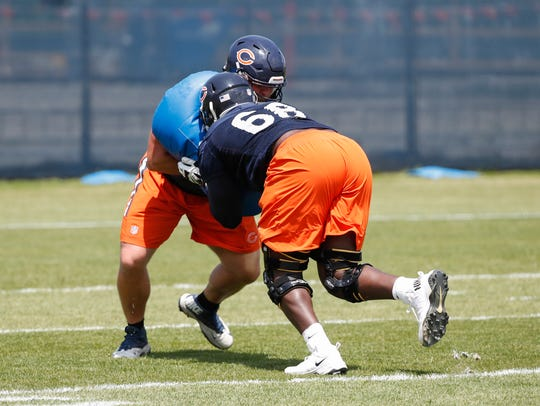 Former Iowa offensive lineman James Daniels has been getting extended work at center for the Bears, and continues to impress early in the preseason.