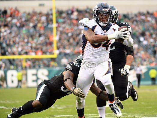 Denver Broncos inside linebacker Brandon Marshall scores