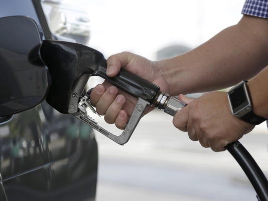 AP GAS PRICES F USA FL