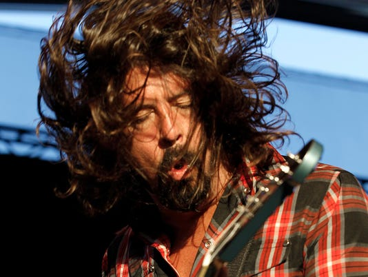 Dave Grohl of Foo Fighters008