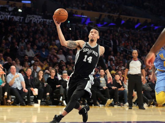 San Antonio Spurs guard/forward Danny Green (14) during the third quarter of an NBA basketball game in Los Angeles Wednesday, April 4, 2018. The Lakers won in overtime 122-112. (AP Photo/Reed Saxon)