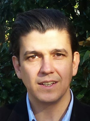 Dr. Akan Malici teaches at Furman University. His specialization is in international relations and he is the author of various books on peace and conflict.