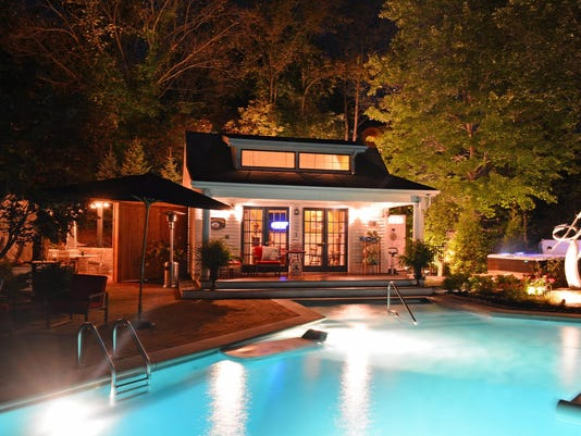 The Welsh Hills Inn - Pool Courtyard at Night - 08-2014