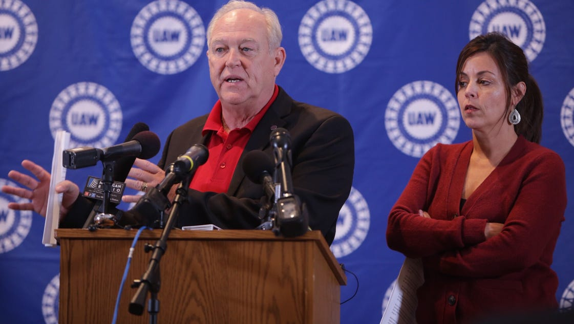Gm Uaw Deal Highlights Wage Increases 60 000 Retirement