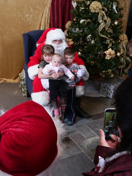 636492756305907160-santa-use.jpg