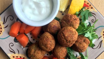 Homemade falafel, extra-spicy, all for me