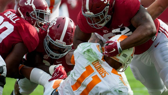 Alabama edged Tennessee last season, 19-14, to beat