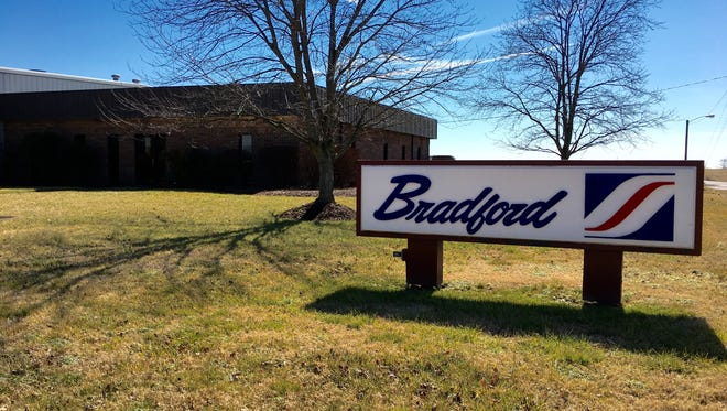 Bradford Company, a manufacturer of reusable packing materials, will add 25 news jobs in Gallatin.