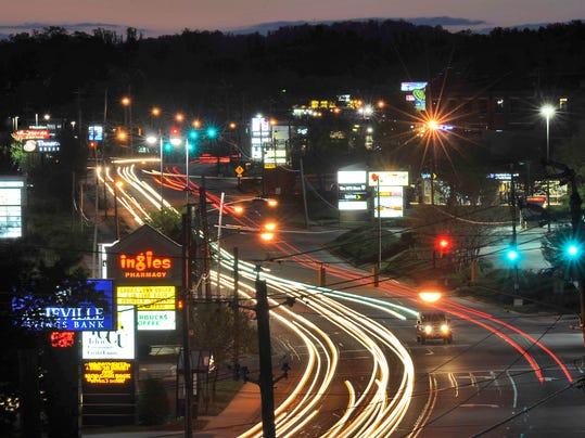 Hendersonville Rd 02.jpg