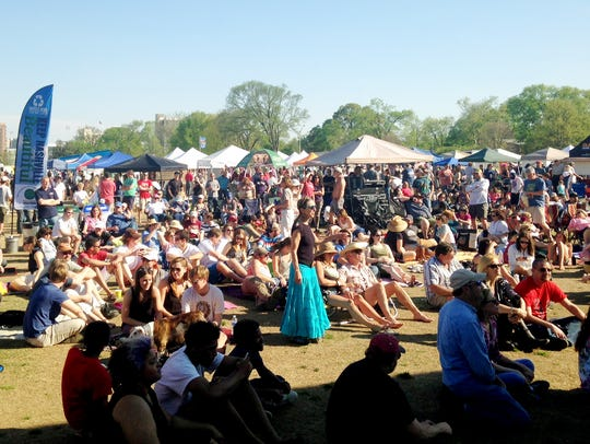 A past Earth Day Festival in Centennial Park.