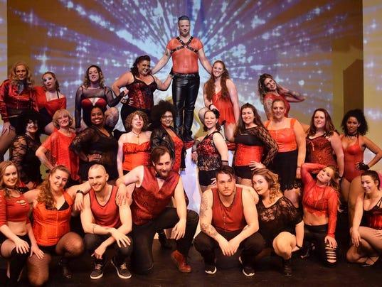 Burlesque 7 cast pic