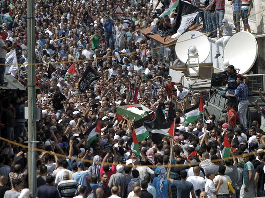 Israeli-Palestinian clashes break out as teen is mourned