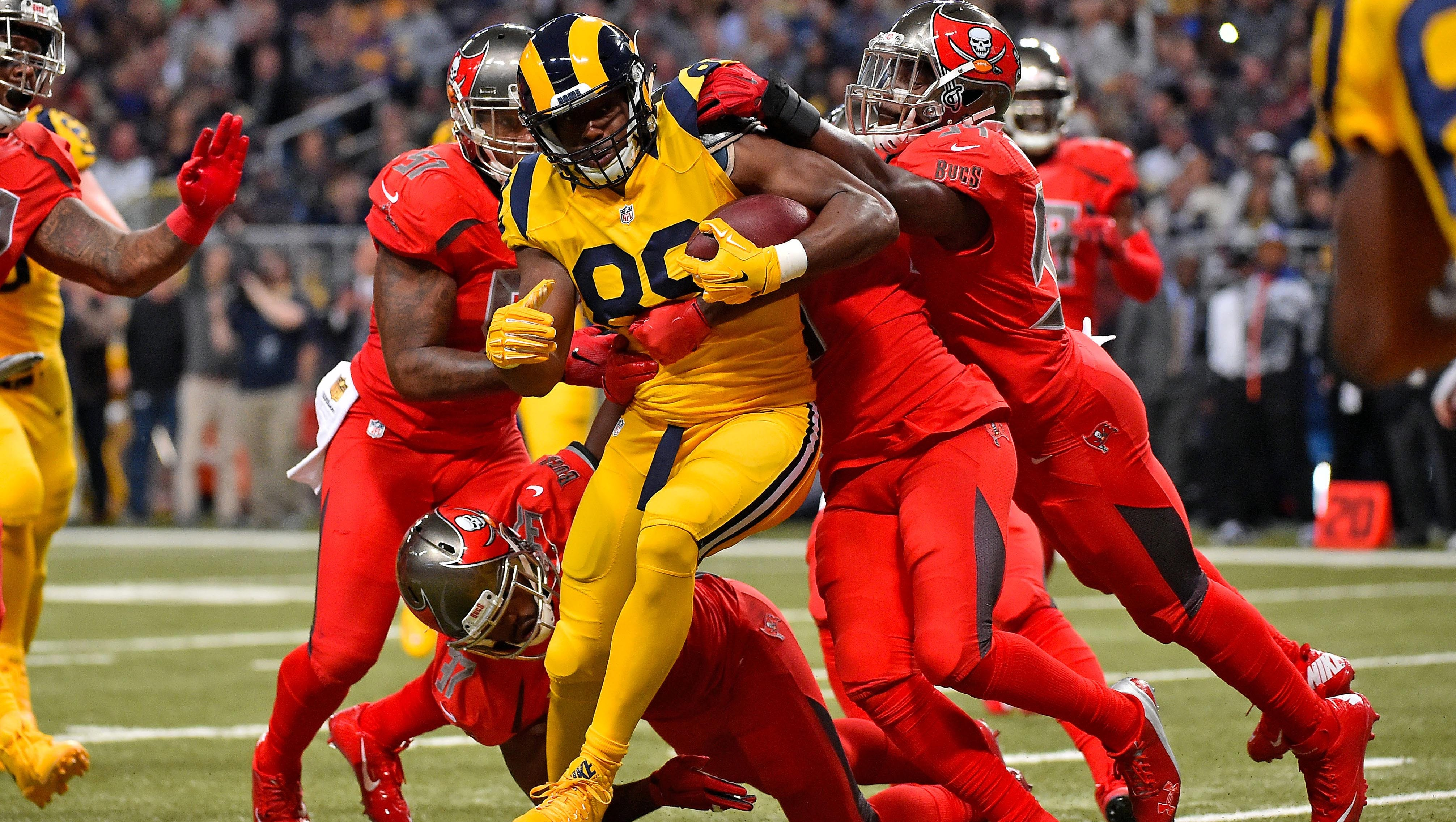 NFL's Color Rush jerseys to remain an option