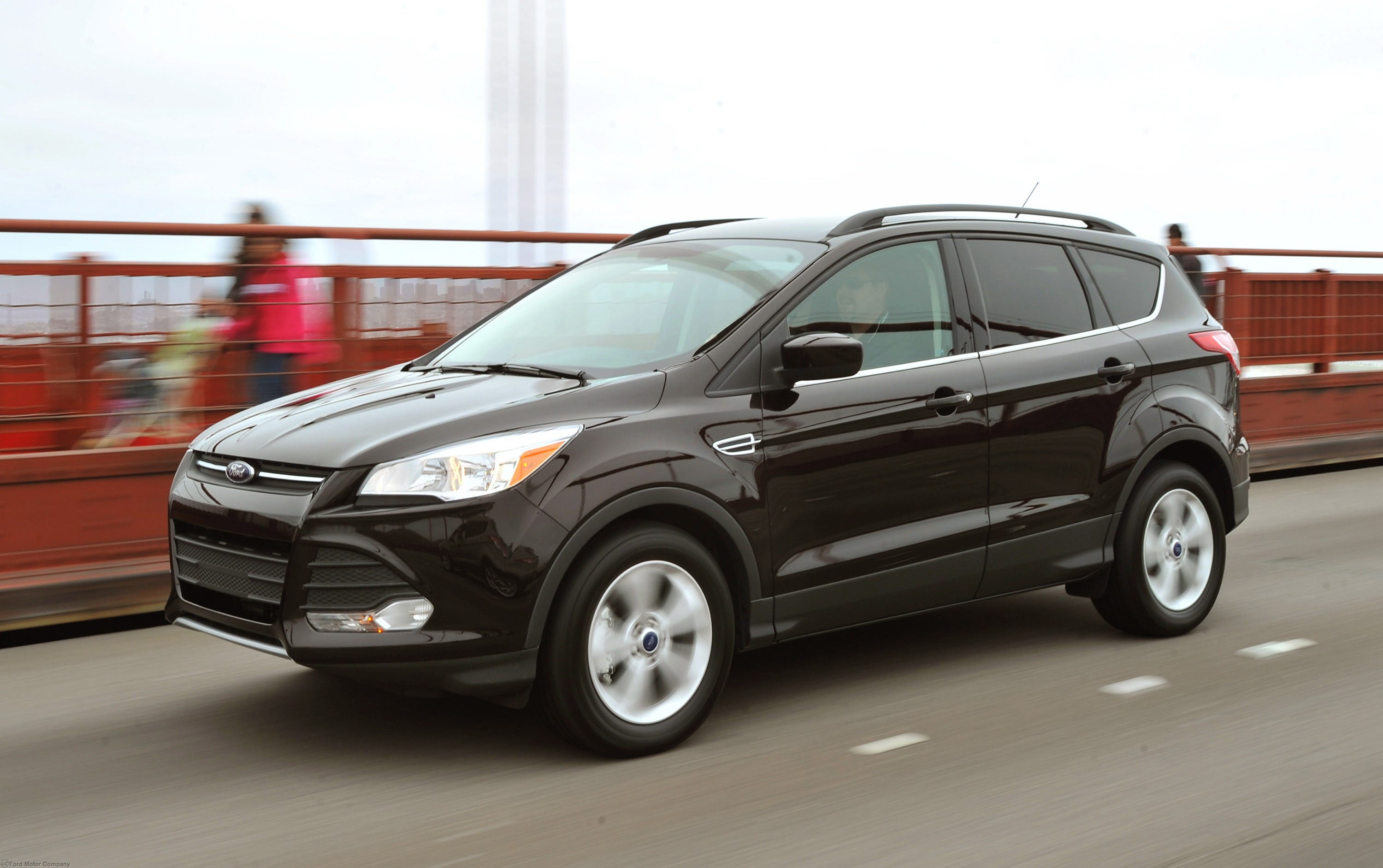 1408138022000 13Escape 2694 ford recalls 160,000 focus sts, escapes ford escape wiring harness recall at crackthecode.co
