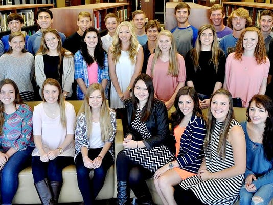 635802591609344166-2015-MHHS-Homecoming-Court
