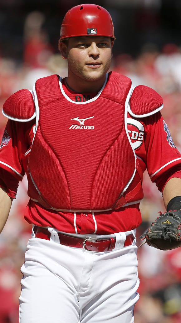 Devin Mesoraco is now squatting following hip surgery in July.