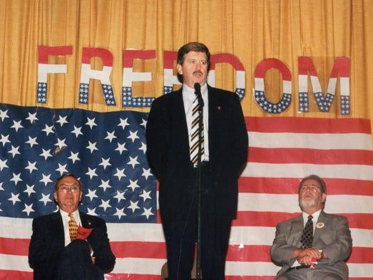 State Sen. Randy McNally (R-Oak Ridge) addresses guests