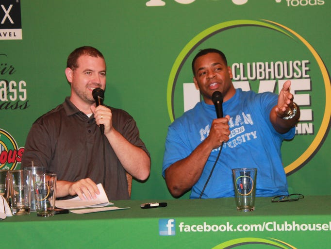 George Koonce (right) appeared on Clubhouse Live with co-host Brett Christopherson on Monday at The Clubhouse Sports Pub & Grill in Appleton.