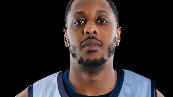 Former Heat player Mario Chalmers is part of an NBA alumni team that will play a team of WNBA alumni Tuesday in Las Vegas.