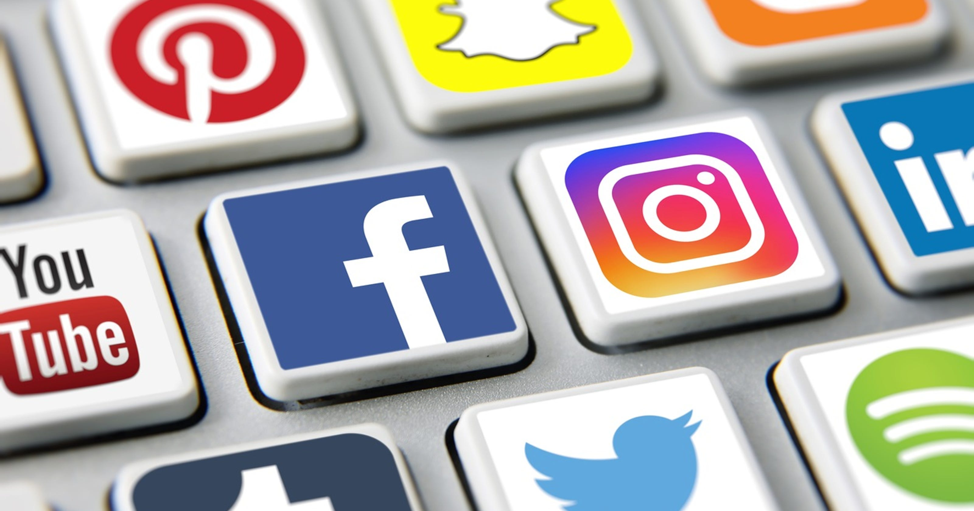 Analysis: Are social media users abandoning Facebook and Instagram?
