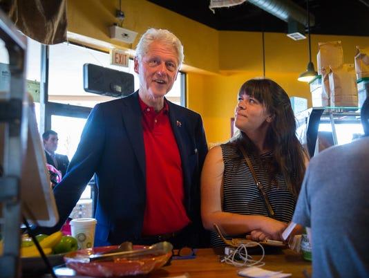 060216 Bill Clinton Rally 1