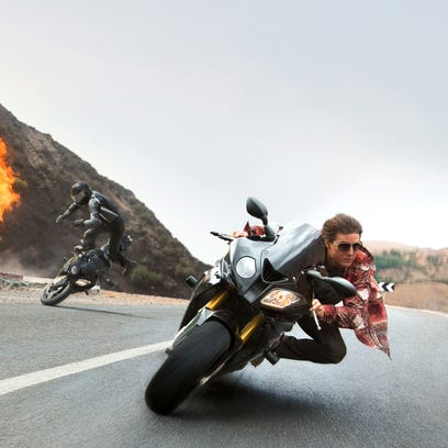Tom Cruise appears in 'Mission: Impossible — Rogue
